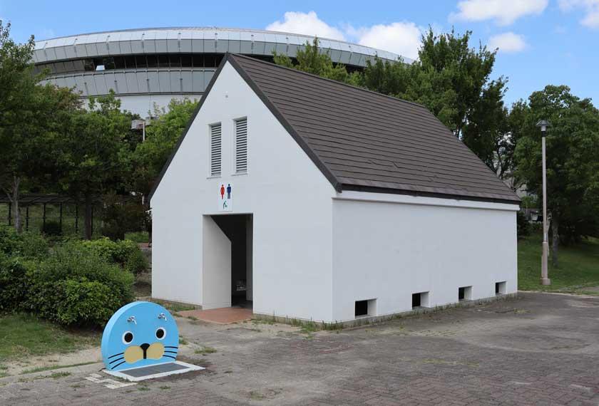 ちゃぷちゃぷ池周辺のトイレ