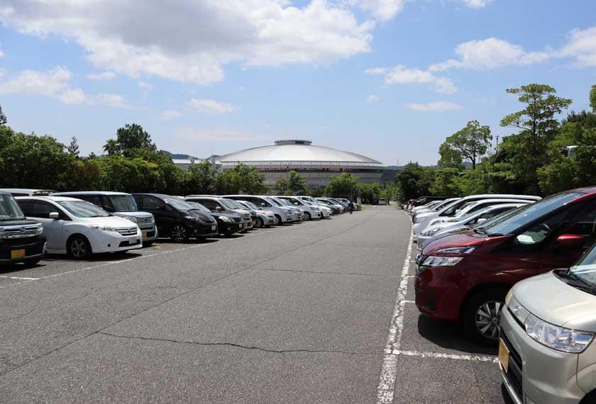 神戸総合運動公園P7駐車場
