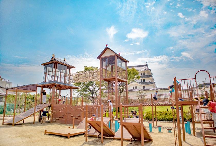 尼崎城址公園の大型遊具