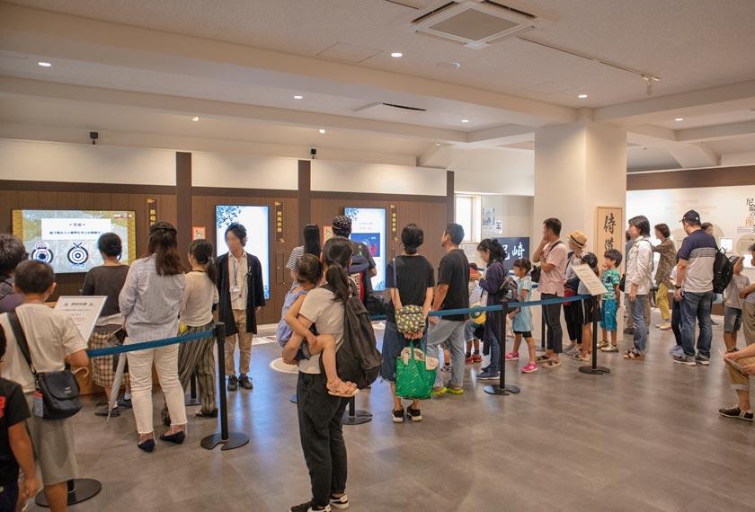人で溢れる尼崎城ゾーン