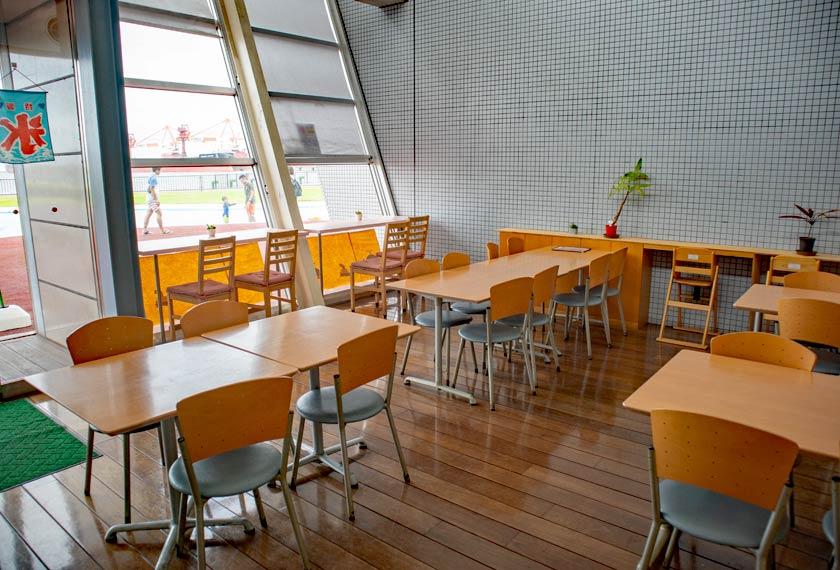 くじらカフェの内部の様子