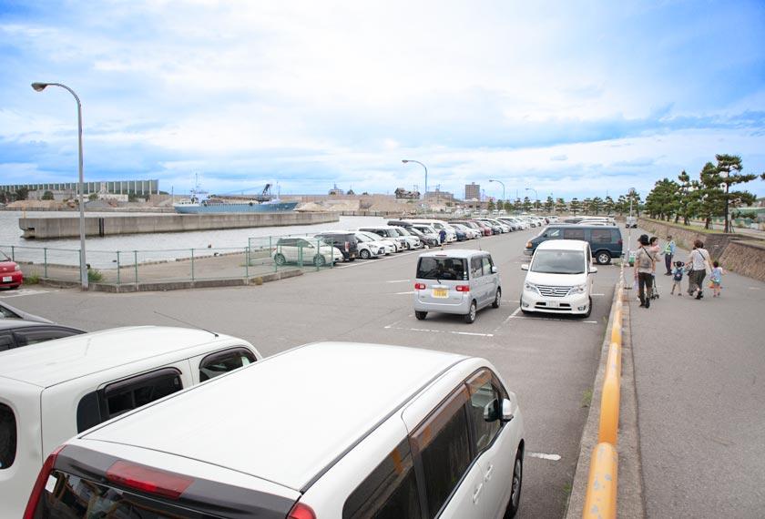 加古川海洋文化センターの駐車場